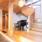 Tsubaki grand piano & entrance